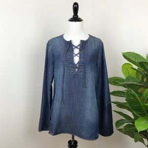 Cloth & stone lace up bell sleeve chambray blouse